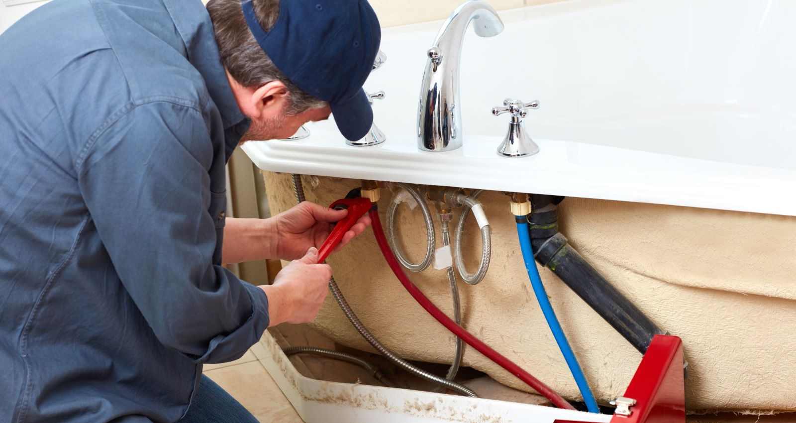 Expert Plumbing Tip: How to Unclog a Bathtub
